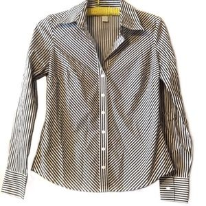 Ann Taylor LOFT black/white blouse like new size 2